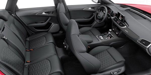 2015 Audi RS6 interior