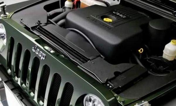 2015 Jeep Gladiator engine