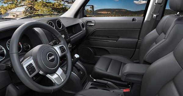 2015 Jeep Patriot interior