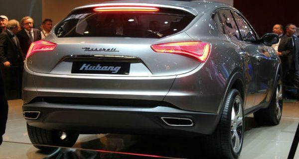 2015 Maserati Levante back