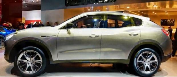 2015 Maserati Levante side