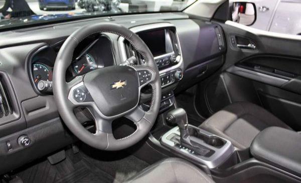 2016 Chevy Colorado ZR2 interior