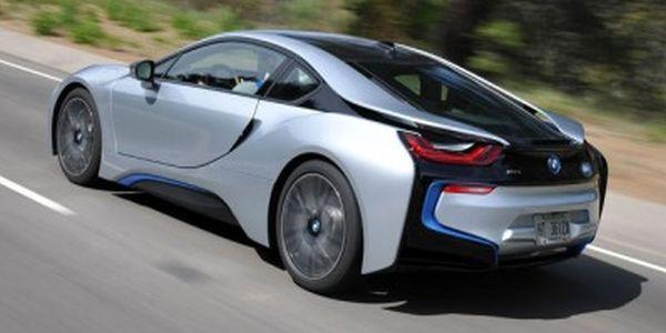 BMW i9 2016