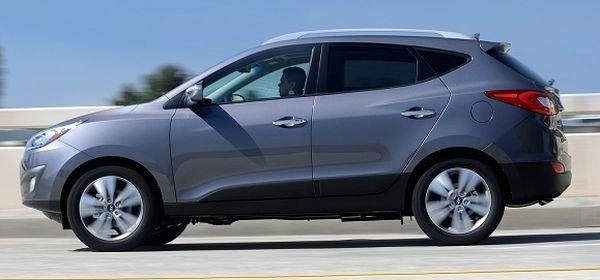 Hyundai Tuscon side