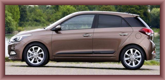 Hyundai i20 side