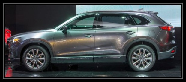 Mazda CX-9 Side