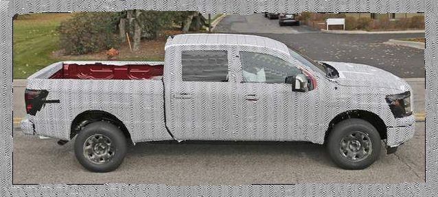 Nissan Titan side