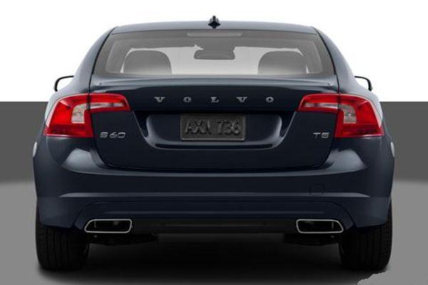 Volvo S60 2015 back